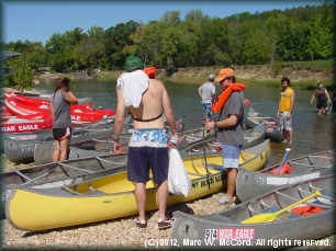 Paddlers on the Upper Illinois River