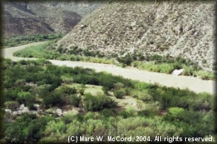 Looking down on the Rio Grande from San Rocendo Canyon
