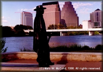 Statue of Stevvie Ray Vaughan overlooking Austin Town Lake